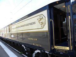 L'Orient Express en gare de Calais Ville